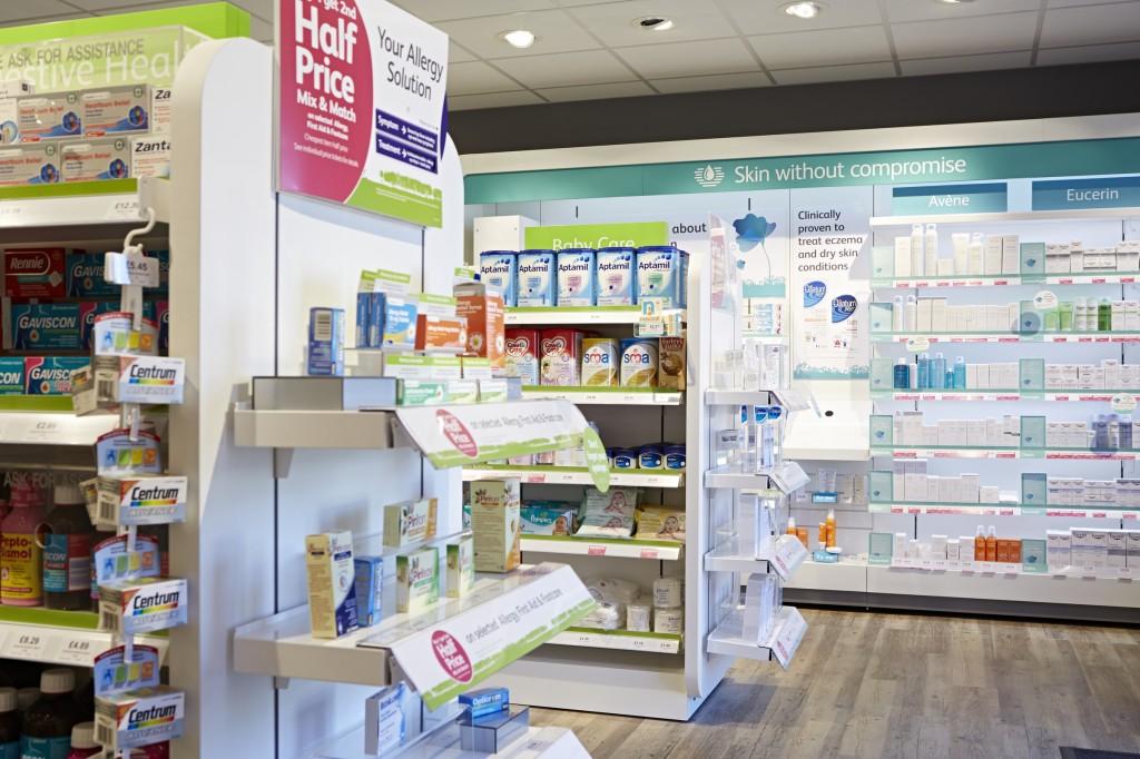 Lloyds Pharmacy Voucher code at Dealvoucherz